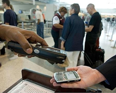 Мобильные телефоны в качестве билета на самолет