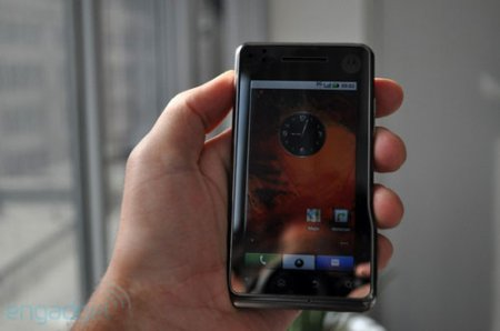 Motorola Milestone XT720 мигрирует в Европу